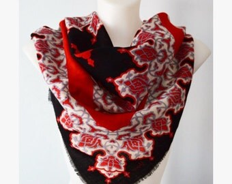 Vintage Scarf, Vintage Wool Scarf, Vera Neumann, 1980s Scarf, Wool Scarf, Ladies Wool Scarf, Ladies Scarf