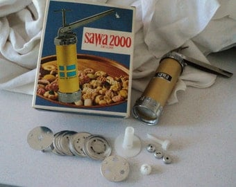 Vintage Sawa 2000 Swedish Cookie Press in Box. Made in Sweden.