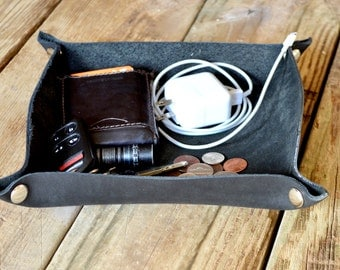 """Handcrafted Leather Valet Tray - 6""""x8"""" Black"""