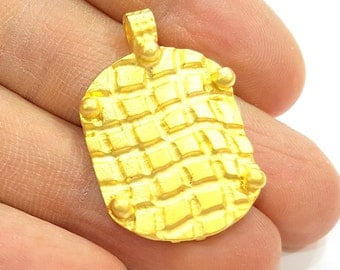 Gold Pendant Gold Plated Pendant (33x22mm)  G7037