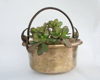 Copper cauldron, Copper planter, French country kitchen or garden decor, Rustic copperware vintage.