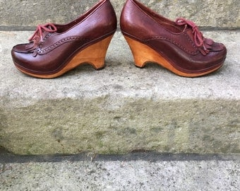70s Vintage Oxblood Oxford Wood Platform Shoes 6N or 5N