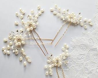 Pearl Hair Pin, Crystal Hair piece, Ivory pearl Hairpin, Bridal Hair Comb Accessory, Ivory Pearl Wedding Hair comb {Maia Hairpin}