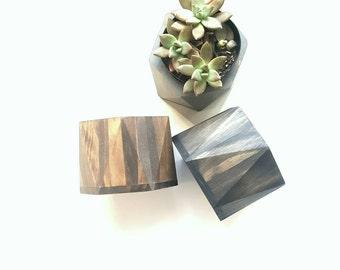 Geometric wood planter//wood planter for succelent//medium planter for desk//Valentine's Day gift