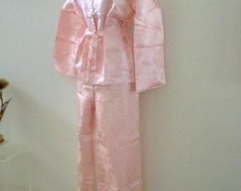 Pink Satin Chinese Pajamas - Vintage Pink Asian Pajamas - NOS 1960s 60s Pastel Pink Satin PJs with Pagoda Print - Size Medium estimated