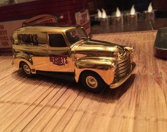 Vintage 1994 Hershey's Chocolate 1950 Chevy Van GOLD 100 Year Commemorative Truck, Ertl Die Cast Mint Condition!