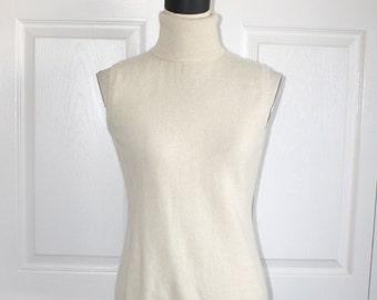 Vintage CASHMERE Sleeveless Sweater . Ivory Turtleneck Soft Pure Cashmere Pullover Sweater . Size Medium Large