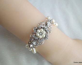 pearl bracelet pearl and rhinestone Bracelet Statement Bridal Bracelet Bridal Cuff Wedding Rhinestone Bracelet swarovski crystal AMELIA