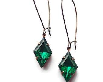 SALE Art Deco earrings Art Deco jewelry Emerald green earrings Emerald earring Green earrings Green glass earrings May birthstone earrings