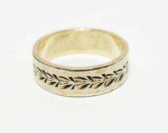 Gold Filled Eternity Ring  - Light Gold Promise Ring - Black Engraved Pattern - Vintage 1960s 1970s Friendship Ring Signed 1/20th 14K G.F.