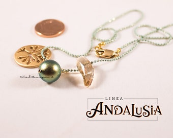 Golden charm - tree of Life - Swarovski pearl Crystal Iridescent Green - Swarovski crystals Aquiline bead 5530 - dingle