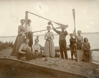 Edwardian BOATERS Holding Up OARS To Form a Flag Photo Pelican Lake Minnesota circa 1905