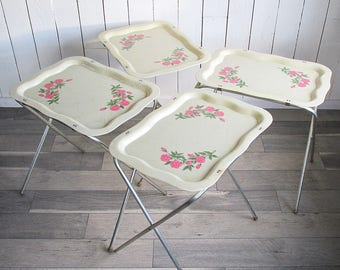 Set of Four Mid Century Fiberglass TV Trays with Printed Pink Roses