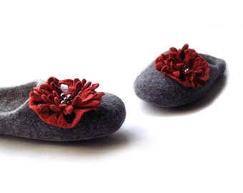 Women house shoes,  Felted shoes