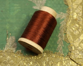 Vintage 520 yards pure silk 2296 thread spool wood new old stock Holland brand size b sewing dark copper