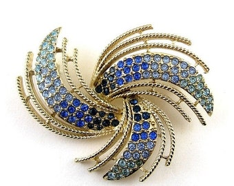 Sparkling NAPIER Blue Tones Rhinestones Pinwheel Brooch Pin