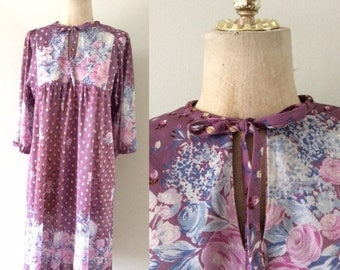 20% OFF 1970's Dusty Purple Polyester Floral Shift Dress w/ Ascot Bow Vintage Dress Size Small Medium by Maeberry Vintage