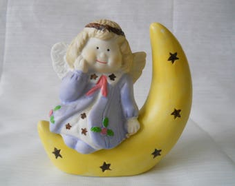 Angel and Moon Salt and Pepper Shakers - vintage, collectible