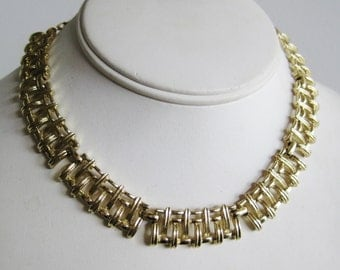 Vintage 40s Coro Designer Gold Metal Woven Panel Link Necklace