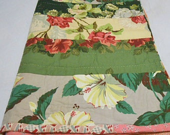 DRAPERY TOILE FEEDSACK Scrappy Patchwork Quilt Peonies Tulips Leaves Stripes 1940s Handmade Green Red Teal Warm Unused Q D Bedspread 66 x 78