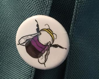 Non-binary bee button