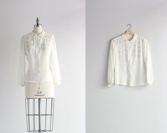 Womens Floral Blouse . Ruffle Shirt . Peter Pan Collar Blouse . Embroidered Womens Shirt