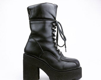 90's Destroy Industrial Destroy Chunky Platform Black Leather Lace Up Boots // 7