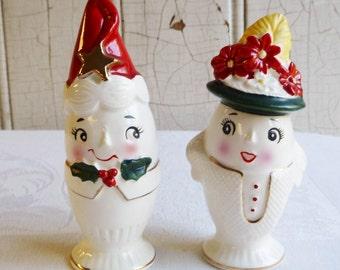 Vintage Lefton Egg Cup Couple Christmas Salt & Pepper Set - Rare, Hard-to-Find Set - Excellent Condition - Mid-Century - 1960s