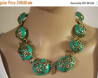 ON SALE Coming soon Reserve Now! Vintage revival OSCAR DeLa Renta Authentic Rare Ornate Green Cabochon HauteCouture Necklace Runway