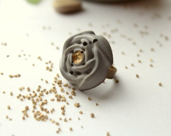 Ring rose concrete gold