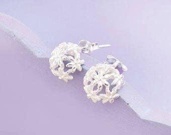 1 pair of 925 Sterling Silver Flower Stud Earrings 10mm.  :er1103