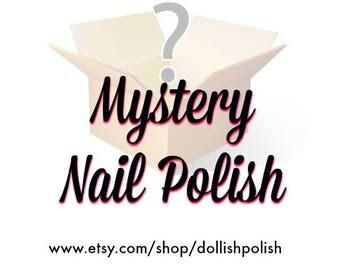 MYSTERY NAIL POLISH
