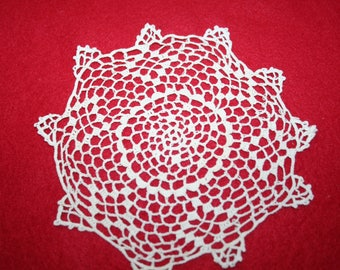 Vintage Hand Crocheted Doily- 5 3/4 inch