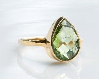 40 OFF SALE - Green Peridot Ring - August Birthstone Ring - Gemstone Ring - Gold Ring - Bezel Set Ring - Tear Ring