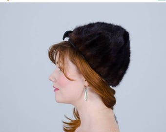 25% OFF SALE / 1950s vintage hat / fur hat / Mink & Leather