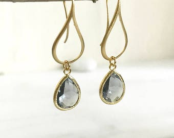 Gold Charcoal Drop Earrings.  Charcoal Grey Teardrop Drop Earrings.  Gift for Her.  Dangle Earrings. Modern Drop Earrings. Christmas Gift.