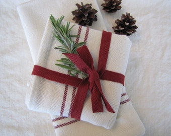 Farmhouse  Kitchen Towel, Farmhouse, Red Stripe Towel, Christmas Towel, Vintage Kitchen, Tea Towel, Farmhouse Towel, Kitchen Towel