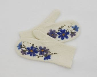 Felted mittens Merino wool White Blue Flowers