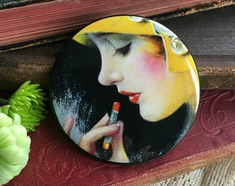 Pocket Mirror.  Vintage Photo Mirror. Compact Mirror. Red Lipstick. Vintage Wedding Favor.  Party Favor. Bridesmaid Gift. (Style PM1)