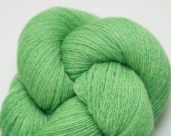 Emerald Green Heather Recycled Cashmere Lace Weight Yarn