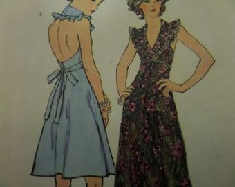 HALTER DRESS Pattern • Simplicity 6396 • Miss 14 • Ruffled Dress • Bare Back Dress • 70s Flared Dress • Vintage Patterns • WhiletheCatNaps