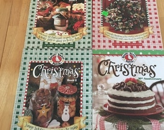 Gooseberry Patch Christmas Books ~ Lot of 4 ~ Old Fashioned Recipes Handmade Gifts Country Christmas Ideas