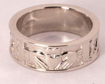 Claddagh Band In Sterling Silver