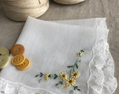 Vintage Yellow Embroidered Daisies Handkerchief 1433