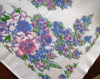 1950s Pink Blue Floral Tablecloth Flower Bouquets Garden Shabby Chic French Country Cottage Vintage Table Linens Collectible