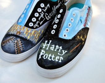 Harry Potter themed shoes, Painted Fandom Shoes, Painted Shoes, Fandom Shoes, Painted Fan shoes, Harry Potter shoes, Harry Potter,