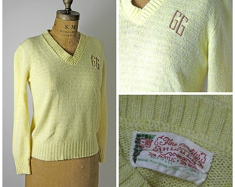 1950s Pin Up Embroidered Sweater