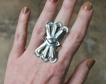 Large Concho RING / Southwest Statement Jewelry / Vintage Nickle Silver Butterfly Concho Ring Size 7