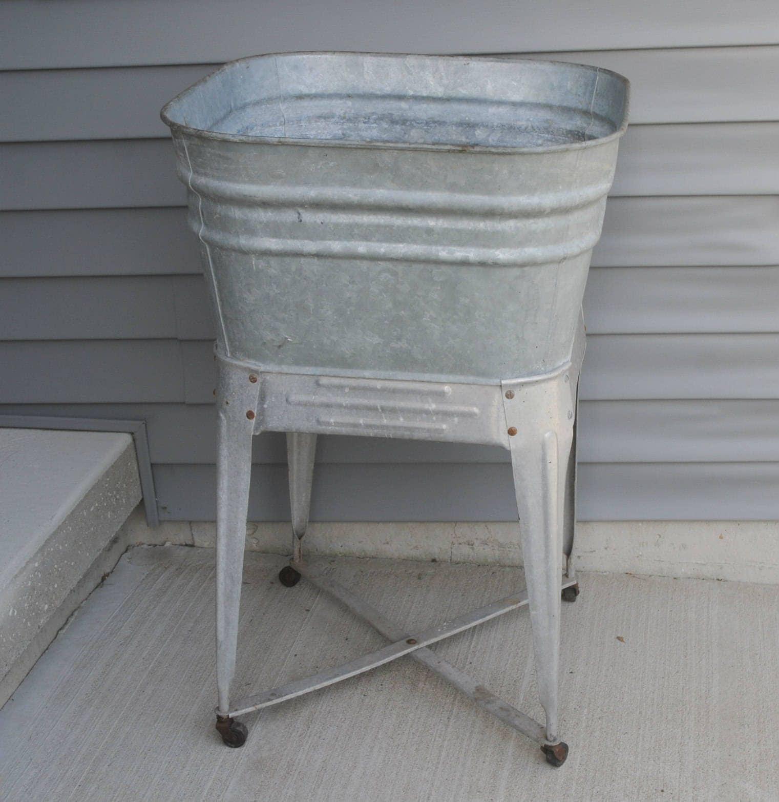 vintage galvanized single wash tub on stand. Black Bedroom Furniture Sets. Home Design Ideas