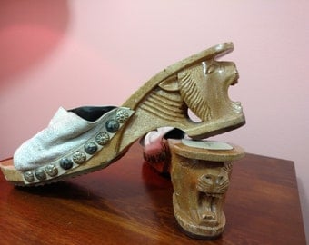 Size 8 or 9 Vintage Carved Wood and Leather Tiki Cat Wedge Shoes Kamma Fashions by Carlton